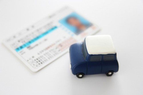 運転免許証取得までの流れと費用